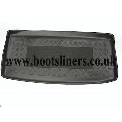 SWB Multivan boot liner